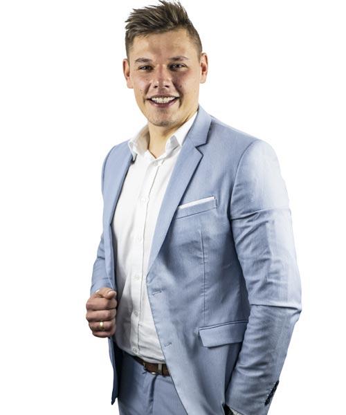 Dominik Mysliwiec - Lider sprzedaży 2020 roku, starszy doradca ds. sprzedaży ze specjalizacją obrotu nieruchomościami gruntowymi.
