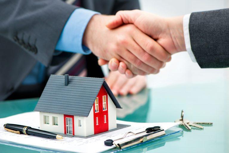 Sprzedaż domu – jakie są niezbędne formalności?